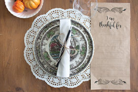 Printables for DIY Thanksgiving Gratitude Placemats