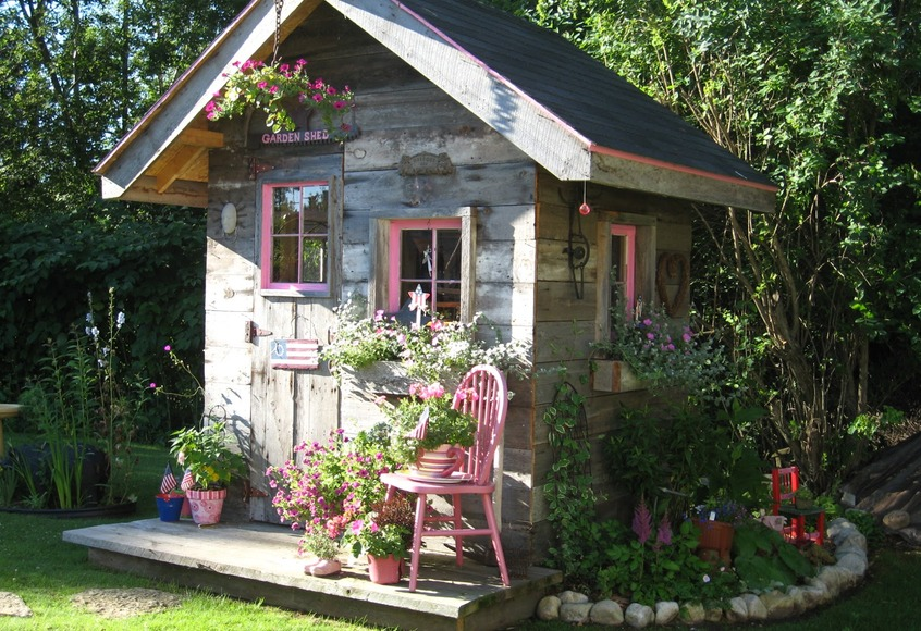 Recycled Garden Shed, Artsy Chick